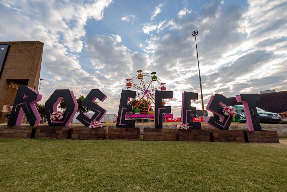 RoseFest Decor. Image: Elizabeth Donnel